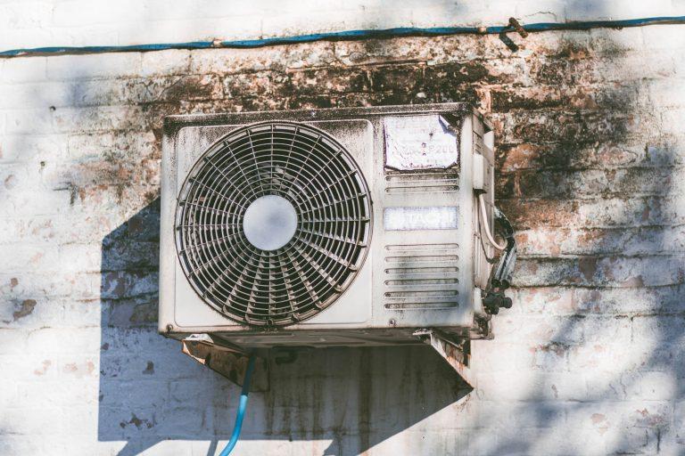 Tipos de ar-condicionado e cálculo de BTUs